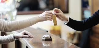 chính sách giá hợp lý để thu hút khách