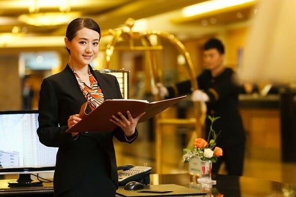 kinh doanh khách sạn nắm vai trò quan trọng trong ngành du lịch
