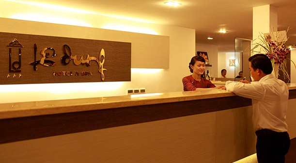 Tìm hiểu về quy trình đặt buồng khách sạn