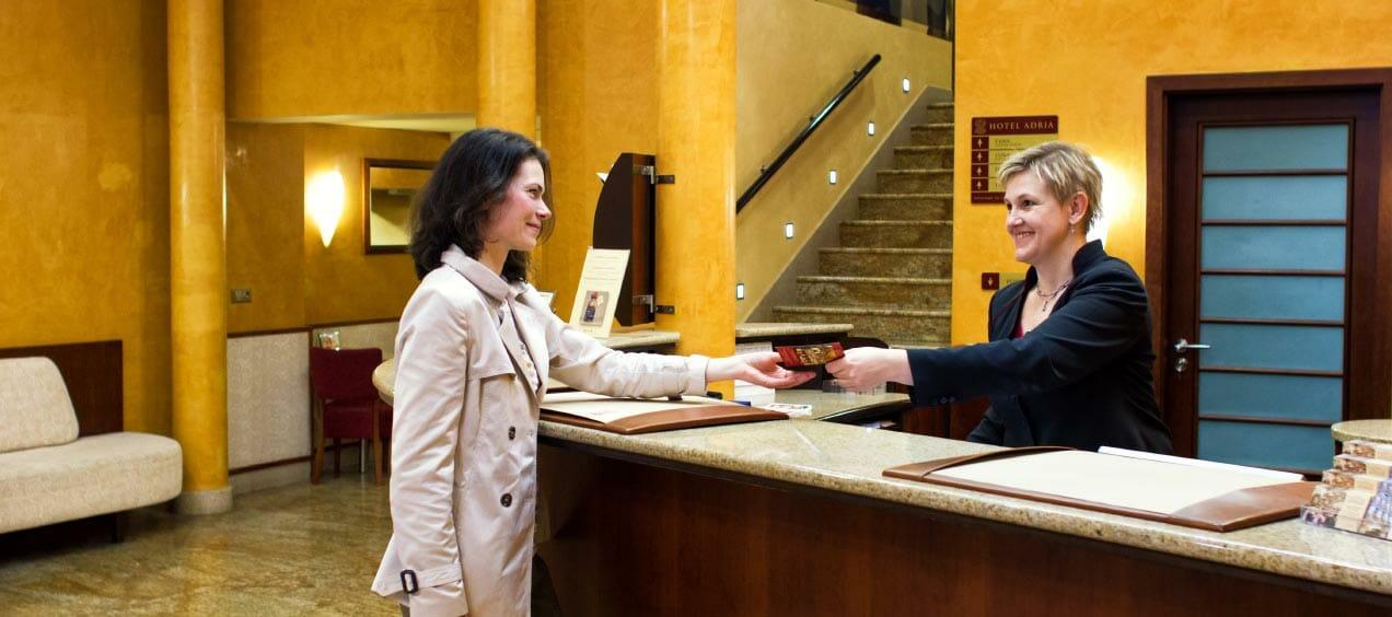 phân loại khách của khách sạn